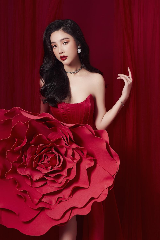 Hoa hậu mỹ huyền khoe vòng một nóng bỏng trong bộ ảnh mới - 6