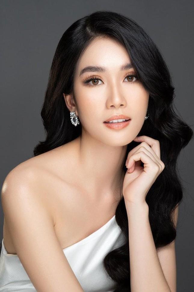 Á hậu Phương Anh: 'Cảm thấy buồn và hụt hẫng vì cuộc thi Hoa hậu Quốc tế 2021 bị huỷ bỏ'
